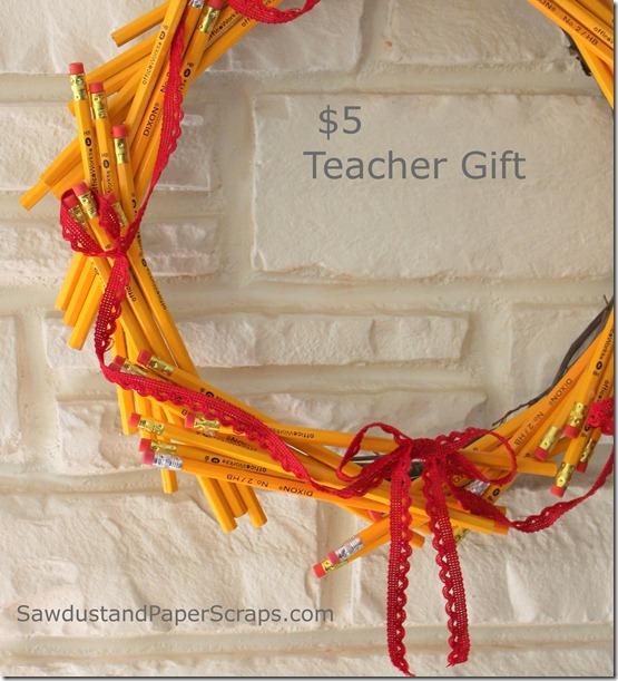 Pencil wreath. Cheap and easy teachers' gift idea.