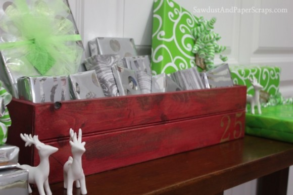 DIY Wooden Christmas Crate